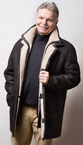 Henry Lammfelljacke braun mit beigefarbenem Fell