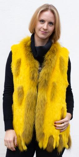 Istan gelb gestirckte Kaninfellweste von Luber de Cologne