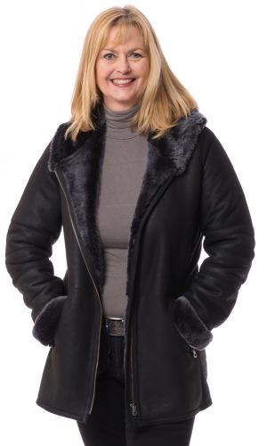 Super schwarze Damen Lammfelljacke mit Kapuze von TRENDZONE