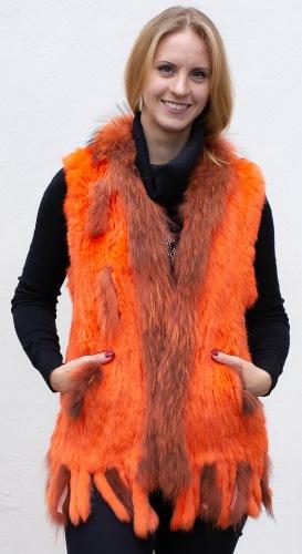Istan orange gestirckte Kaninfellweste von Luber de Cologne